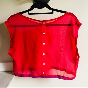 ‼️3 FOR $15‼️Sheer Red Button Front Cropped Blouse